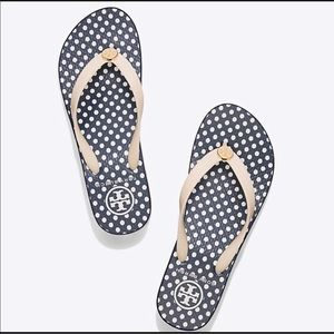 278b0c037ba91 ... Blue Printed Thin Flip Flop 🆕 Tory Burch Wedge Micro Dot Flip Flop ...
